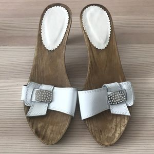 Beautiful clogs. Made in Italy